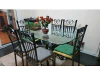 CRYSTAN DINNING TABLE