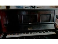 FREE pianola with many rolls