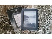 Barnes & Noble Nook Glowlight Simple Touch complete w case,cable & manual expandable memory e-reader