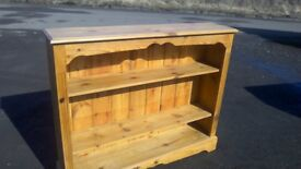 Beautiful large solid pine bookcase with two height adjustable shelves