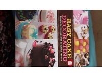 Easy Cake Decorating Book