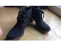Clarks heels boots full leather new