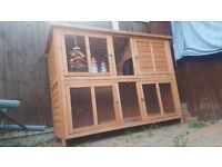 RABBIT / GUINEA PIG HUTCH AND METAL RUN FOR SALE
