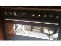 SMEG Range - Five Gas Rings / electric oven