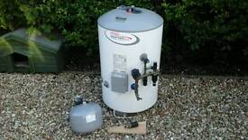 Indirect unvented hot water cylinder