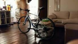 Giant Avail Medium Women's Road Bike