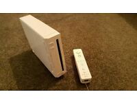 Nintendo Wii Console - Includes Wii Sports