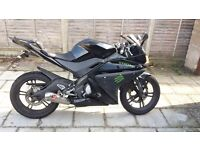 Yamaha yzf r125 2010 with extra