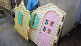 Little Tykes Country Cottage outdoor playhouse