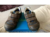 Clarks boys stomp dinosaur size 8f shoes
