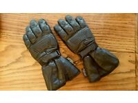 Sports Motorcycle Gloves Waterproof Black Leather Size Medium Mint Condition As New