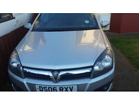 EMACULATE LOW MILEAGE VAUXHALL ASTRA TURBO DESIEL TDI 2.0L FOR SALE. GRAB A BARGAIN!!!!