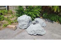 Set of 3 large Resin Fake Rocks/Artificial rocks for Garden Landscape Driveway