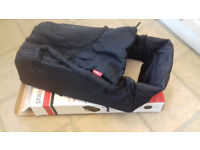 Phil & Teds Cocoon. Pram carrycot/buggy bed for Phil & Teds inline or double buggy
