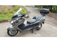 Suzuki Burgman AN 400 K9 2009 5,300 miles mint condition