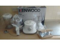 Kenwood White Multipro Compact Food Processor & Blender FPP220 Brand new