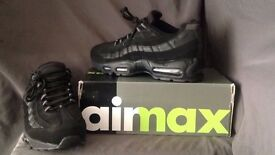 BNIB air max 95 triple black size 9