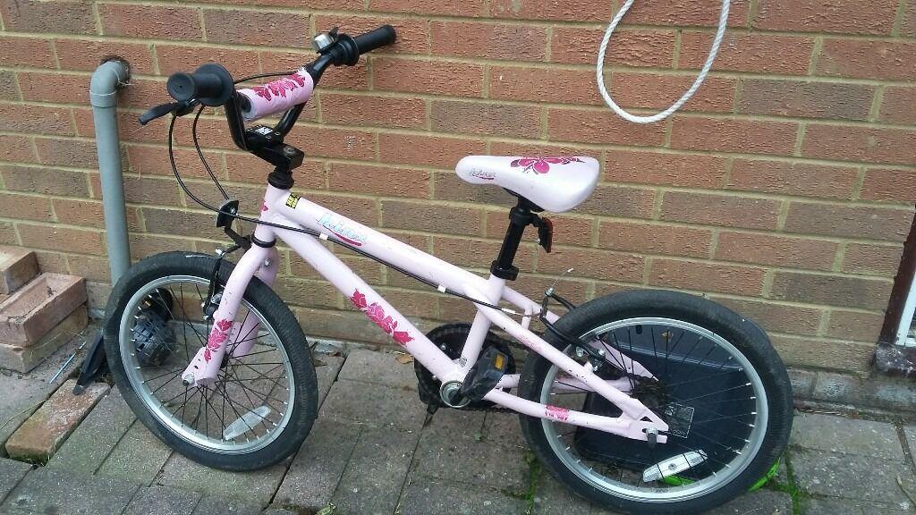 Girls 18in bmx bike.