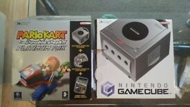Gamecube Mario Kart platinum pak with game + accessories