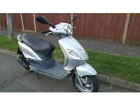 piaggio fly 50 2008 in mint condition one owner from new
