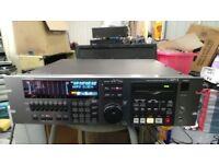 (T) Yamaha D24 8 track multi track recorder