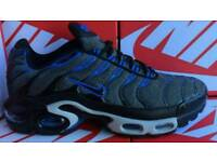 TNs white black blue new in box