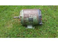 3 Phase Gryphon electric motor with mounting bracket for lathes or pillar drills