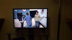 LG 32LF510B 32 -inch LCD 720 pixels TV [Energy Class A+]