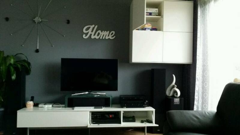 h ngeschrank und tv board ikea wei in bayern coburg ebay kleinanzeigen. Black Bedroom Furniture Sets. Home Design Ideas