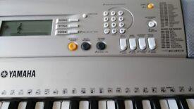 KB5. Keyboard Yamaha PSR-E313