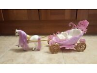 Barbie mini kingdom horse w/ carriage
