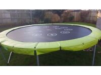 12ft Trampoline and Enclosure £200