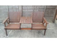 Garden bench in excellent condition