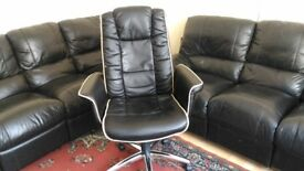 Black Soft Leather Faced Office Luxurious Executive Managers Chair Seat Extra High Back Head Pillow