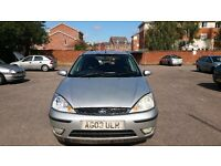 FORD FOCUS 1.6 ZETEC. MANUAL. 5DR. NEW MOT