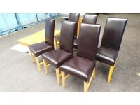 Excellent Condition Extendable Dinning Table Solid Light Oak With 6 Leather Chairs