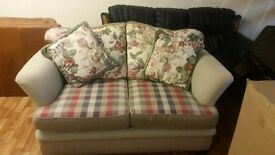 2 × 2 SEATER CHECK PATTERN EXCELLENT CONDITION