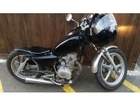 Great little motorbike 125 cc For Sale £ 650 not negociable -no offers cash only