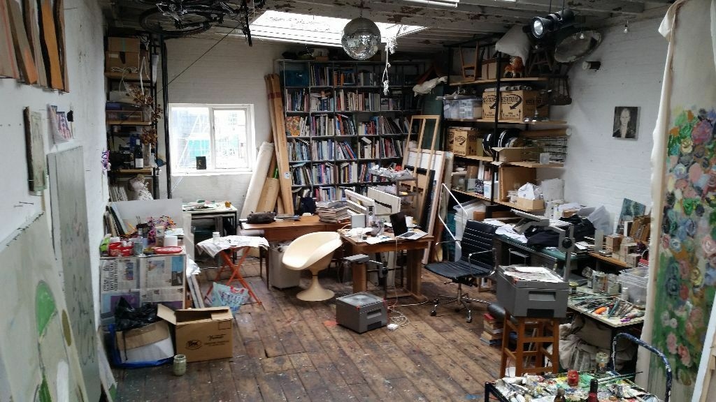 Painting art studio share canal view near old st angel for Painting studios near me