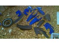 Pitbike parts and odd sinnis Apache parts only what's seen brakes shock chain gaits etc