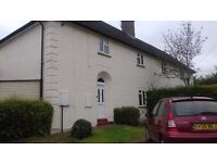 Looking for 3 bedroom house London for Old Amersham