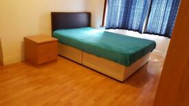 Large Double Bedroom at ILFORD LANE, £115/Week including All Bills
