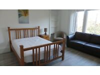 *** STUDENTS STUDENTS STUDENTS *** - CENTRAL LOCATED - SHIELDS ROAD -£595 - AVAILABLE 05TH MARCH ***