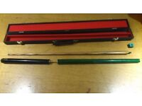 3 piece snooker cue in sturdy carry case