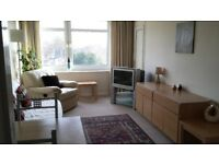 Self catering Fully serviced 2 Bedroom flat