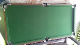 Pool table for sale 5 x 2.5 feet