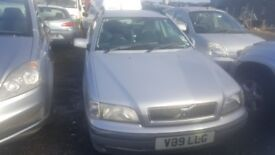 1999 VOLVO V40 1.9 DIESEL BREAKING FOR PARTS ONLY POSTAGE AVAILABLE NATIONWIDE