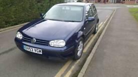 Selling my VW Golf Match 2003 1.4 petrol 3 Drs