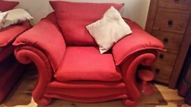3 seater and chairs. Red.