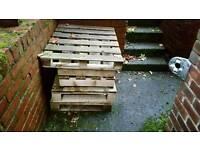 6 pallets free